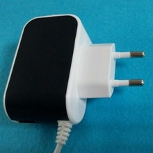 New design EU plug 2.1A one USB port and wire travel charger with shenzhen manufacturer