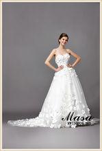 Vestido de color marfil de lujo de clase alta de la boda, diseño clásico falda del soplo y 999 flores estéreo elegancia de estil
