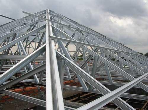Prefabricated galvanized light weight steel roof truss for Prefab roof trusses