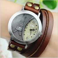 Retro Copper Wrist Watch Leather Lady Watch Antique Brass Case Long Strap Watch