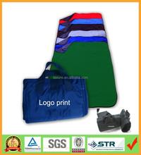 Zip up folding Fleece waterproof custom Picnic Blanket, camping mat with tote