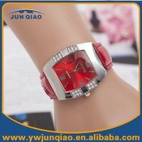 2015 vogue lady square watches diamond case different colors dial leather strap watches