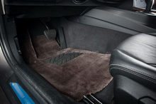 Design stylish car trunk mat for discover