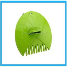 Mini Hand Leaf Garden Grabber Rake / Leaf Scoop