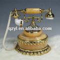clásico con cable de teléfono antiguo