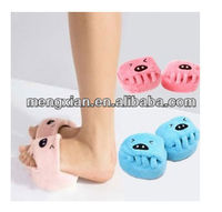 2014 promotional wholesale Healthy five fingers slippers