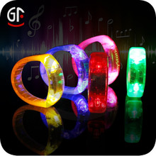 2015 Best selling Christmas Gifts Brand Promo and Party Event Glow Wristband
