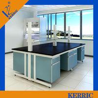 Laboratory bench epoxy resin top