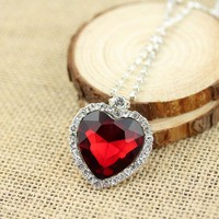 Titanic Heart of the Ocean Sapphire Crystal Chain Necklace Pendant Plate Jewelry necklace N-185