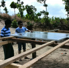 High efficiency off grid photovoltaic solar water pump system customized design, technical support, installation service