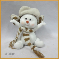 small resin snowman figurines with hat