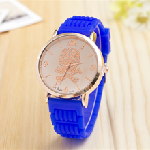 Buy Direct from China Factory! Women's Mini Diamond Watch with skull