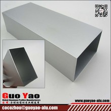 China High Quality Extruded Square Aluminum Tube/Pipe