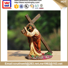 polyresin of cross and jesus
