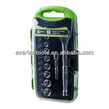 "23pcs 1/4"" ratchet handle and socket set in plastic case"