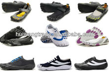 2013 newest Latest best price moq four or five pairs mountain climbing running finger shoes