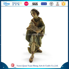 Resin Religious Boy and Girl with sheep for Home decoration