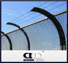 commercial /residential chain link fence top barbed wire/chain link fabric,framework