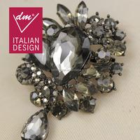Wholesale lastest fashion acrylic stone flower brooch