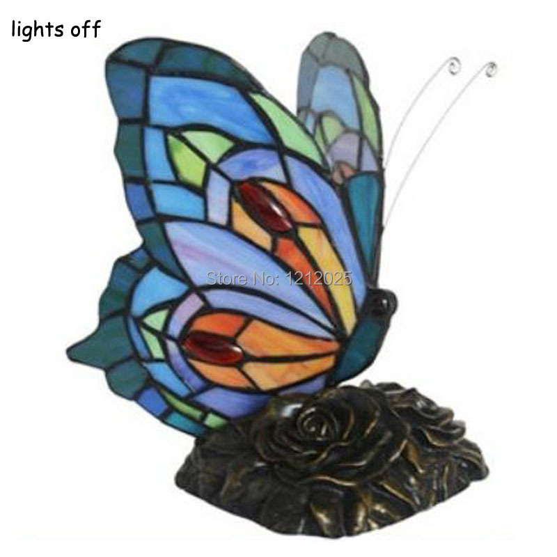 stained glass butterfly lamp buy new tiffany stained. Black Bedroom Furniture Sets. Home Design Ideas