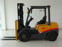high lift , LPG forklift 2.0ton with Nissan engine