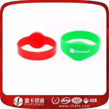 Cheap waterproof Mifare 1K s50 RFID Silicone wristband for gym