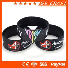 High quality experience factory provide pure color or mix color embossed silicone bracelet