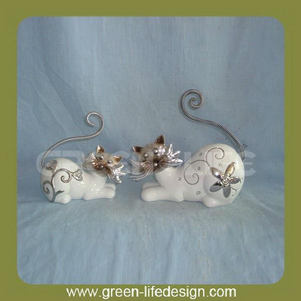beau blanc antique chats en céramique
