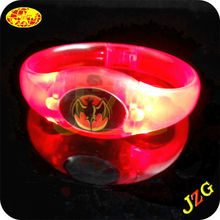 Hot selling bracelet 2015 glow in the dark led wristband party supplies led flashing bracelet with led lights