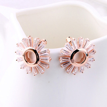 Daisy Crystal Decorative Stud Earring Jewelry Alloy Wholesale Medical Factory Supply