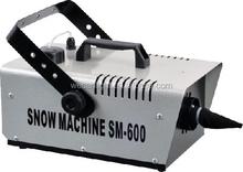 High Quality 600W Remote Control Snow Machine