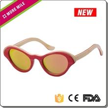 Personalizado promocional de bambu wayfarer óculos de sol por atacado