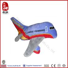 Daron sudoeste airlines plush bateria operado brinquedo de pelúcia brinquedo helicóptero avião com som