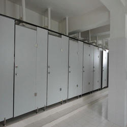 Plastic good quality hpl toilet partition for school made in China