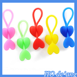 2016 Hogift heart-shaped silicone plastic food bag sealing clip headset winder food sealing clamp