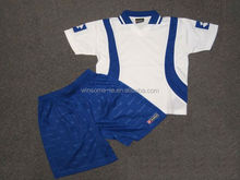 Professional customised unisex 100% polyester soccer jersey and shorts uniform