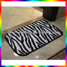 Beautiful comfortable stripe rug