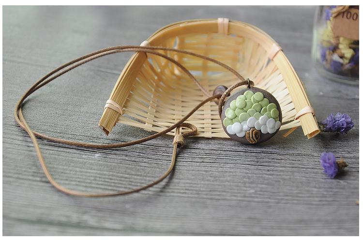 ceramic 2017 latest fashion simple tree of life shape necklace Wax line anti allergy chain Christmas trinket ori-width=