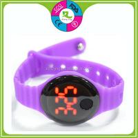 2015 Fashion Colorful digital silicone bracelet watch