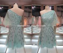 Uno- azul hombro parte vestido de lentejuelas/vestido de fiesta 2014 nueva moda corto vestido de noche
