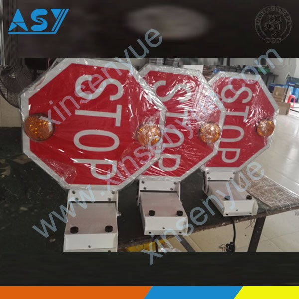 LED signaling stop arm for school bus safety.jpg