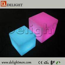 New products RGB color changing outdoor illuminated plastic rechargeable portable led light cube table with wireless