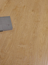 gray oak of laminate floor for Baroque Series