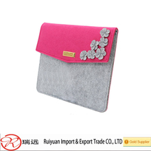 2015 alibaba new Pink and grey felt laptop carrying case for girls