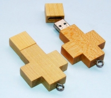 2015 Popular Necklace Wooden 4GB USB Pendrive Made In China