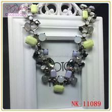 Fashion lovely special design resin gem studded necklace