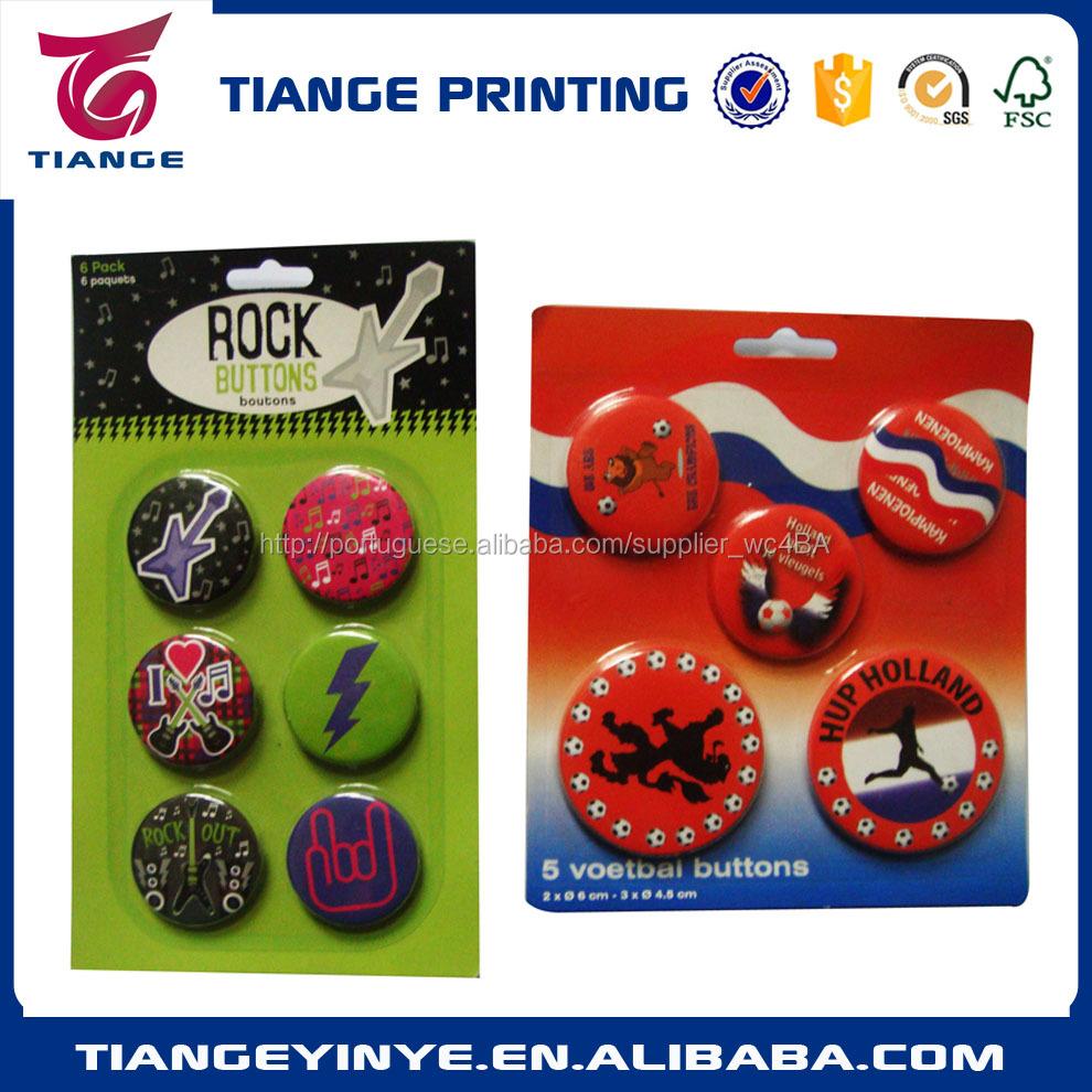 Personalizado tamanhos diferentes de lata de metal emblema com clamshell bilter embalagem