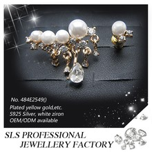 2015 latest designs freshwater pearl earring Personalized and especial cubic zirconia earrings for women's wear in Summer