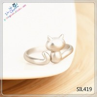 Sterling silver cat ring, as a memory for your pet, one size fits all, adjustable ring, ring design, SIL 419