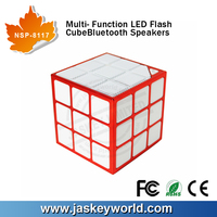 new products cute Magic cube mini led Speaker rechargeable battery for built-in microphone music instrument Sound system